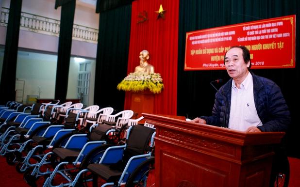 Tập huấn và cấp phát 86 xe lăn cho người khuyết tật vận động 3 huyện Phú Xuyên, Ứng Hòa và huyện Thanh Oai.